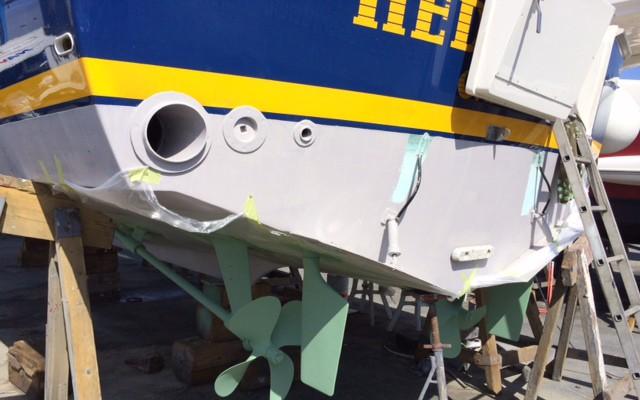 pintura-helices-ejes-barcos-grancanaria-10