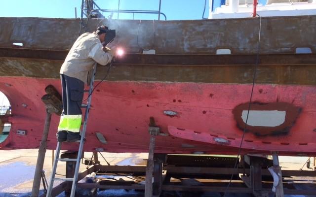 trabajos-en-metal-en-barcos